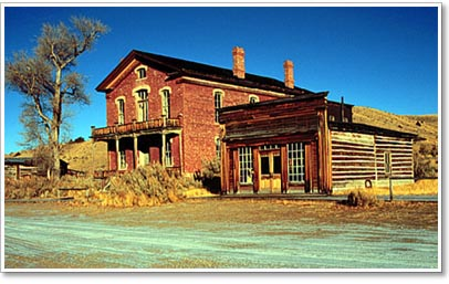 hotel & saloon in Bannack